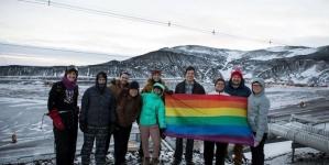 Por primera vez la Bandera LGBT ondea en el Polo Sur