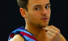 Tom Daley presumiendo bulto
