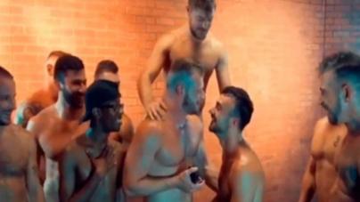 Brian Bonds y Mason Lear se comprometen después de filmar orgia gay