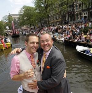 Holanda: Gobierno ayudara a los gays que busquen asilo en su pais