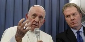 Italia: El Vaticano corrige al papa por recomendar a los homosexuales ir al psiquiatra