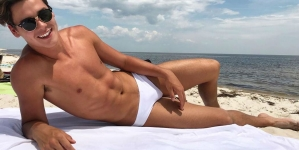 Aidan Faminoff un sexy clavadista