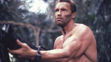Arnold Schwarzenegger fue golpeado porque pensaban que era gay