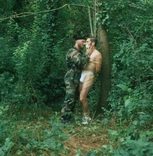 François Sagat estrena video Trust Me con toques muy sensuales y dominantes