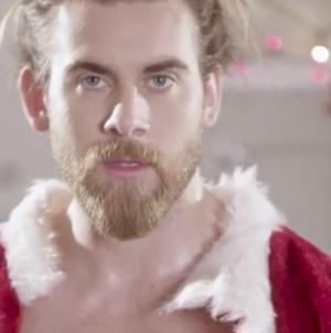Brock O'Hurn convirtiéndose otra vez en un sexy santa