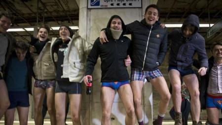 Las mejores fotos del día sin pantalones en el metro, #NoPantsSubwayRide