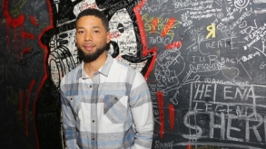El actor Jussie Smollett es víctima de un terrible ataque homófobico