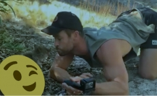 Chris Hemsworth calienta el twitter con esta pose
